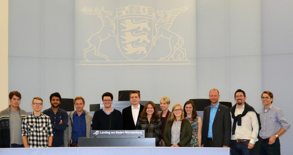 Mitglieder der LHGs Stuttgart, Tübingen und Hohenheim mit Dr. Timm Kern MdL im Landtag