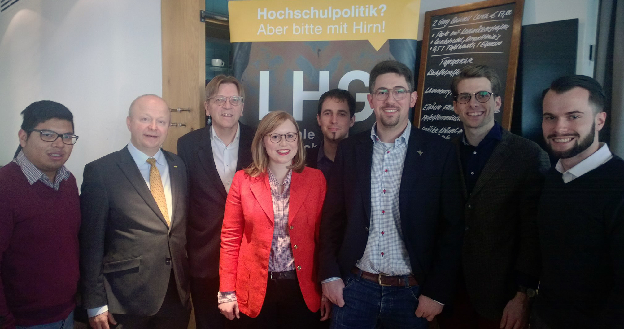 v. l.: Johannes Dallheimer, Michael Theurer, Guy Verhofstadt, Sophia Eder, Mark Dornbach, Alexander Schopf, Daniel Eberz, Tilman Schmeller