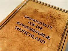 989987_1_grundgesetz_cover.jpg